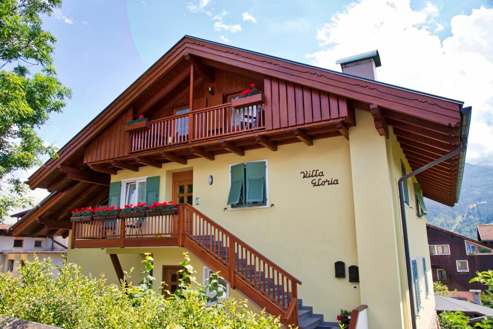 Offerta Last Minute Appartamento a Cavalese - Garzia Mara - Via Passeggiata Lagorai 4 - Tel 0462871040