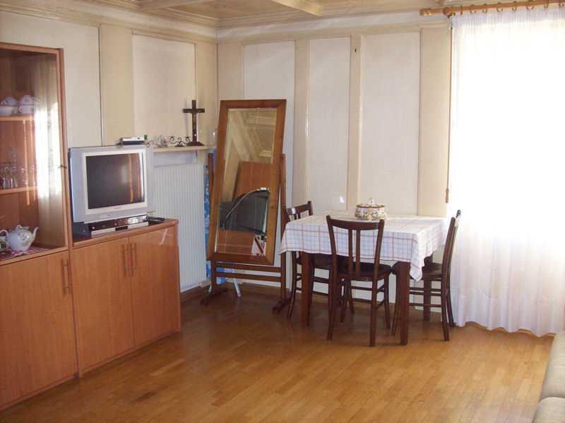 Appartamento a Ziano di Fiemme - Deflorian Ruggero - Via Casoni 11 - Tel: 0461706917 - Val di Fiemme - Trentino