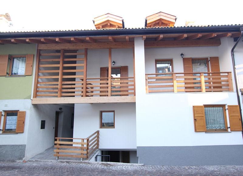 Appartamento a Carano - Varesco Wilma - Via Bivio 1/B - Tel: 0462342677 - Val di Fiemme - Trentino