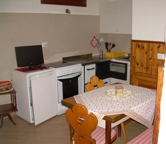 Appartamento a Castello Molina di Fiemme - Signor Fulvio - Via Cembra 19 - Tel: 3487438337 - Val di Fiemme - Trentino
