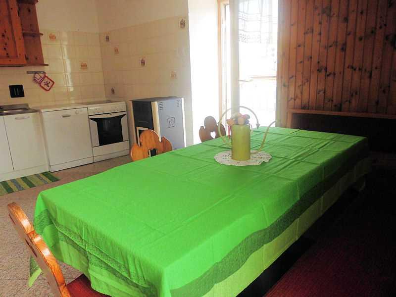 Appartamento a Varena - Signora Luisa - Via Mercato 47 - Tel: 3485900835 - Val di Fiemme - Trentino