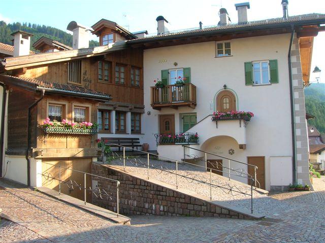 Offerta Last Minute Appartamento a Ziano di Fiemme - Signor Antonio - Via Via Zanolin 23/1 - Tel 3355227283
