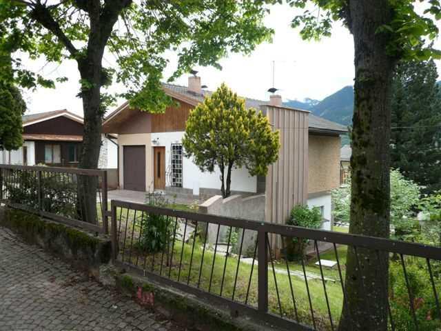 Appartamento a Cavalese - Chinetti Luciano - Via Paganella - Tel: 0462341775 - Val di Fiemme - Trentino