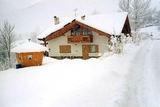 Appartamento a Castello Molina di Fiemme - Nones Serafino - Loc. Medoina 2 - Tel: 0462341124 - Val di Fiemme - Trentino