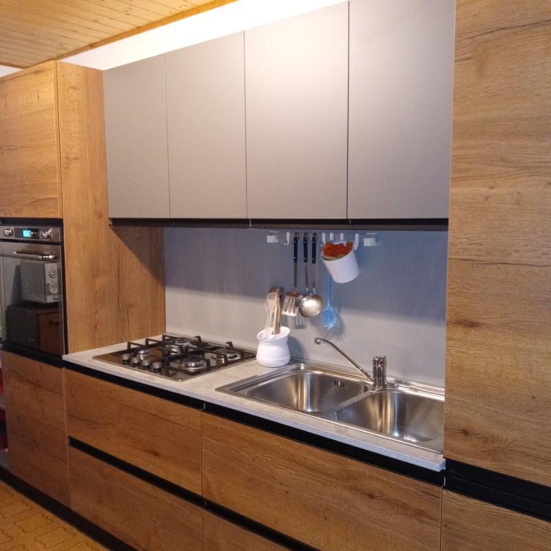Appartamento a Tesero - Deflorian Vito - Via Fia n° 46 - Tel: 349.1690840 - Val di Fiemme - Trentino