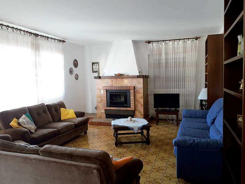 Appartamento / Flat / Wohnung zu vermieten a Cavalese - Bellante Giovanna - Via Dossi 4 - Tel: 3397190229