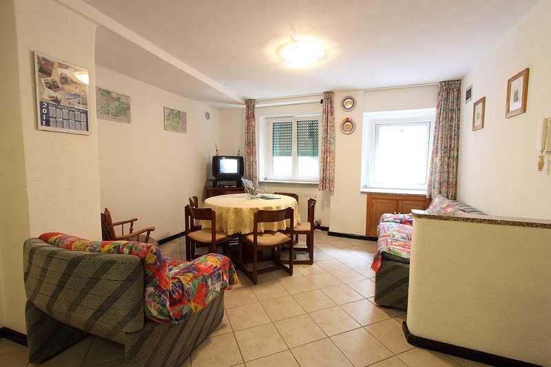 Offerta Last Minute Appartamento a Cavalese - Nicola - Via Pasquai 6 - Tel 340572163