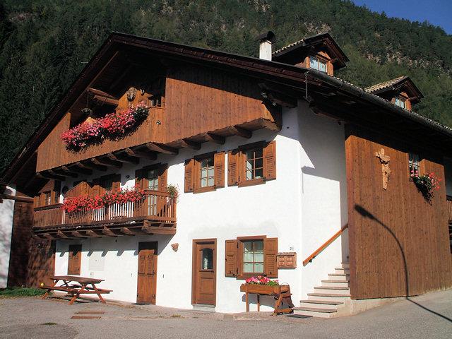 Appartamento a Carano - Fanton Rosa - Loc. Aguai 20/B - Tel: 3339710810 - Val di Fiemme - Trentino