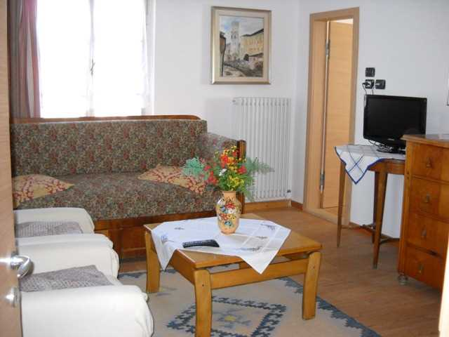 Appartamento / Flat / Wohnung zu vermieten a Cavalese - Signora Demattio Daria - Zona Centrale - Tel: 0462342718