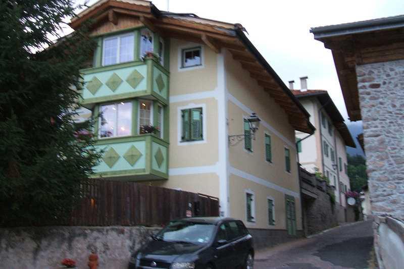 Offerta Last Minute Appartamento a Cavalese - Signora Martinelli - Via Via Revignana 3 - Tel 3396404061