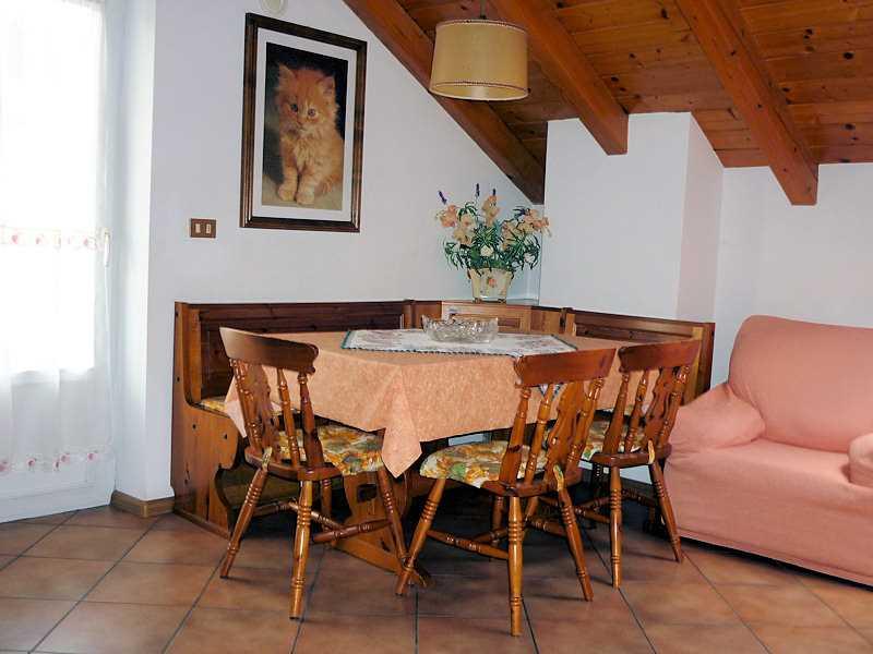 Appartamento a Cavalese - Signora Vanzo Lucia - Via Cesure 15 - Tel: 0462342561 - Val di Fiemme - Trentino