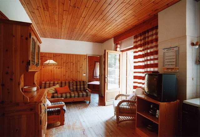 Appartamento / Flat / Wohnung zu vermieten a Cavalese - Dagostin Liliana - Via Rizzela 2 - Tel: 0462340010