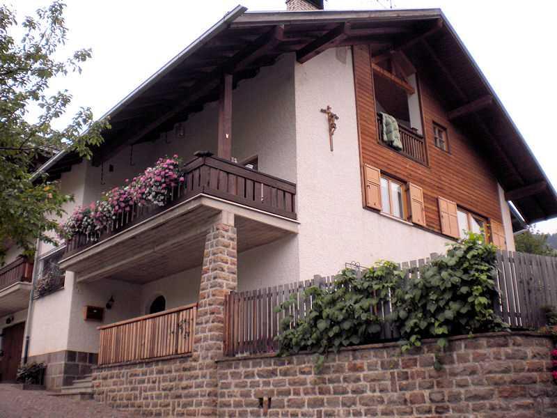 Appartamento a Cavalese - Signor Waldner - Loc. Costa delle Rodole 1 - Tel: 0462230872 - Val di Fiemme - Trentino